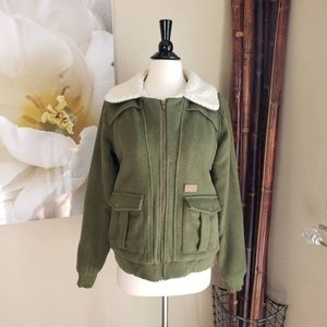 Volcom Scout ~ Army Green Padded Jacket ~ Size L